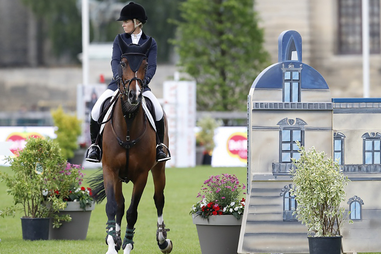 Edwina Tops-Alexander one of the Top 10 looking for results in Chantil..