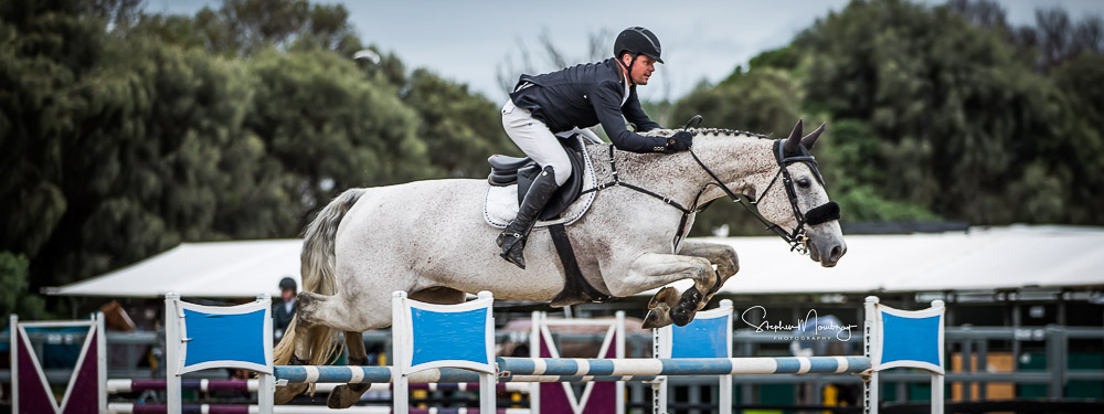AJ920581-Billy Raymont and 'Anssioso Z' fill third spot on the podium with a double clear round in a time of 46.71 secs