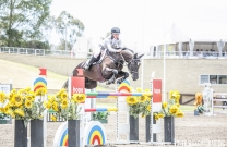 Madeline Sinderberry crowned 2016 National Young Rider Series Champion