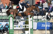 18 Year Old Jasmine Dennison takes out the Melbourne Royal World Cup Qualifier