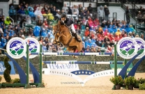 Rowan Willis takes top spot for Australia in FEI Rankings