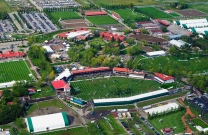 Rowan Willis competing at Spruce Meadows.